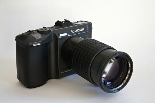 Máy ảnh Canon RC-701