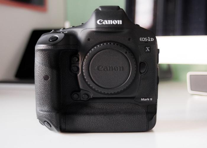 Dòng máy ảnh cao cấp