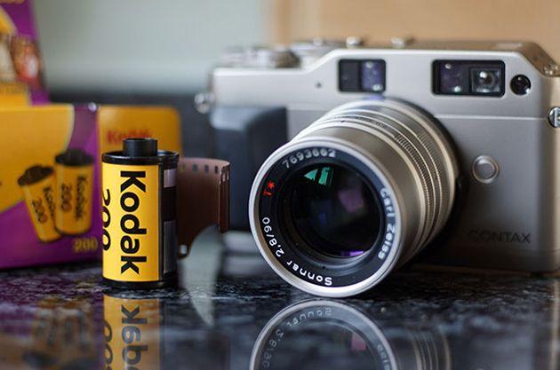 Máy ảnh sử dụng film