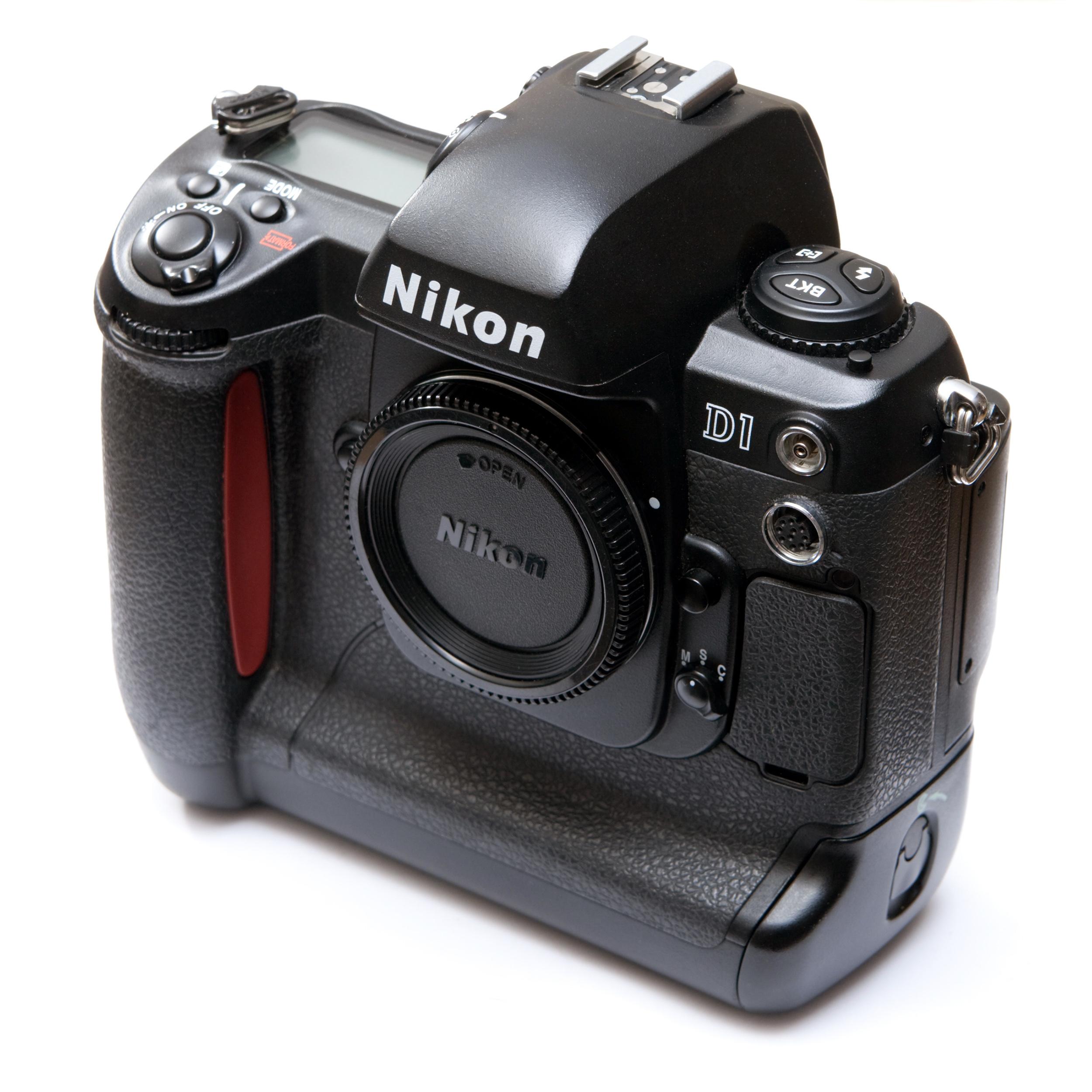 Máy ảnh Nikon D1
